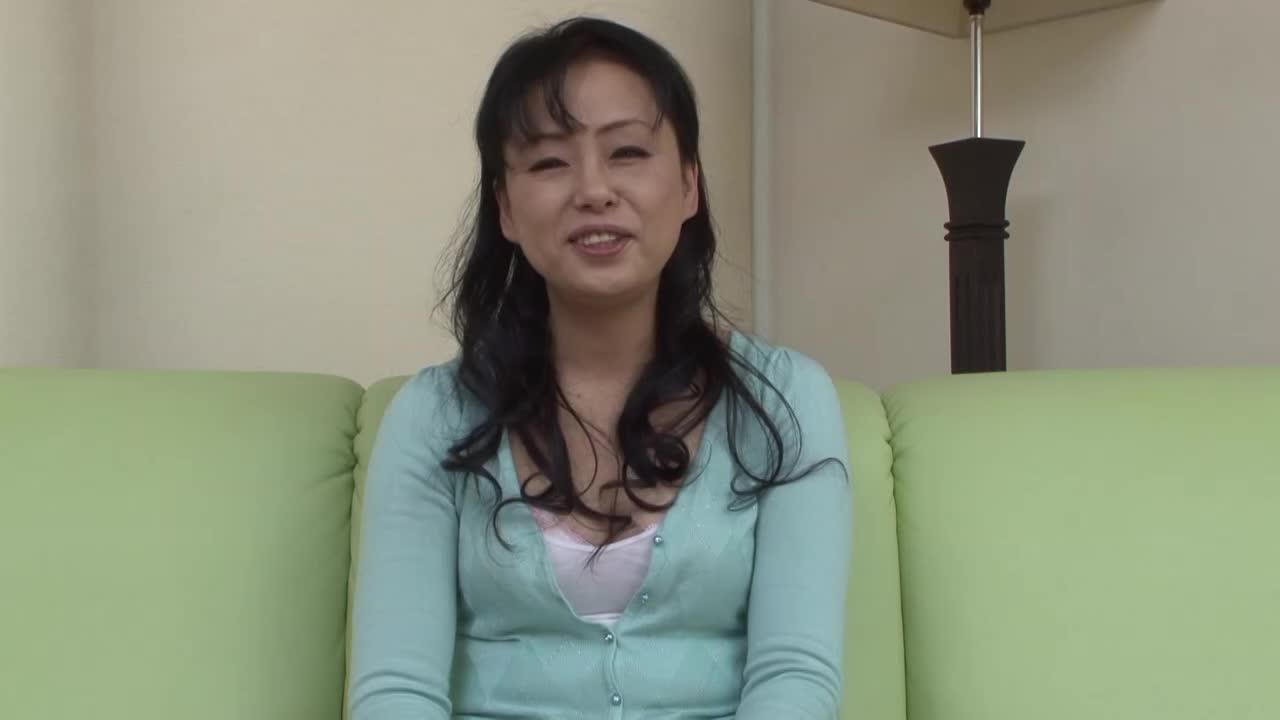 【大原あけみ/五十路の初撮りドキュメント企画】素人の美熟女がアダルトビデオに出演する